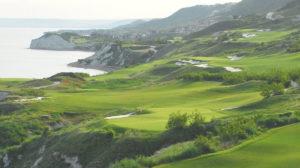 Thracian-Cliffs-Golfplatz4