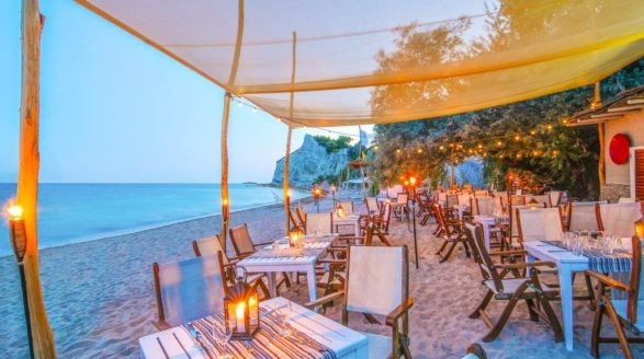 Thracian Cliffs Golf Beach Resort Beach Dinner